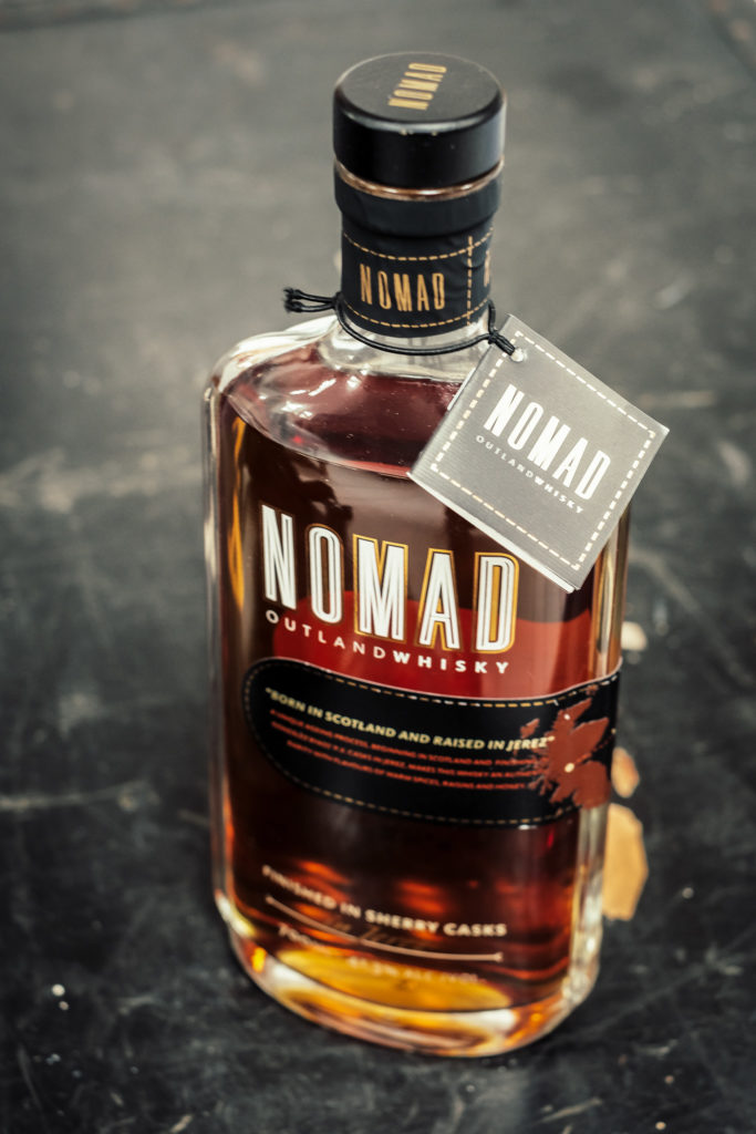 Nomad Outland Whisky Flaschendesign